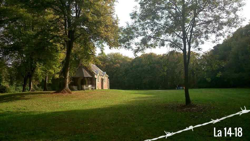 Chapelle en forêt